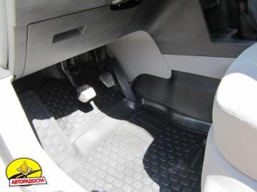 Коврики в салон для Volkswagen Caddy '04-15 полиуретановые (L.Locker) передние
