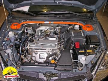 Распорка стоек для Mitsubishi Lancer 9 '04-09, передняя