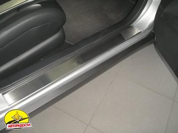 Накладки на пороги для Nissan Teana '07- (Premium)
