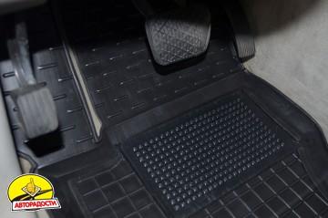 Коврики в салон для Mercedes ML-Class W164 '05-11 резиновые, черные (AVTO-Gumm)