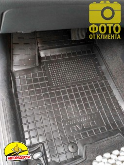 Коврик в салон водительский для Chevrolet Aveo '06-11 резиновый, черный (AVTO-Gumm)