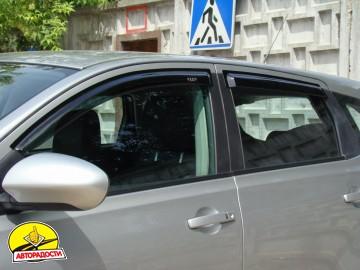 Дефлекторы окон для Nissan Qashqai '06-14, 4шт. (Hic)