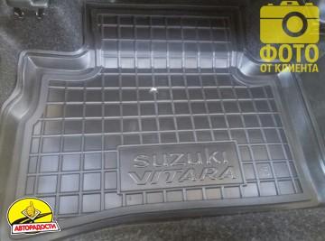 Коврики в салон для Suzuki Vitara '15- резиновые, черные (AVTO-Gumm)