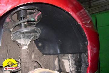 Подкрылок передний правый для Mitsubishi Lancer 9 '04-09, седан/универсал. (Novline)