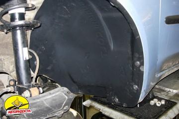 Подкрылок передний левый для Mitsubishi Colt '09-10 (Novline)