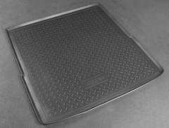 Коврик в багажник для Volkswagen Passat B6 '05-10 универсал, резино/пластиковый (Norplast)