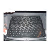 Коврик в багажник для Volkswagen Golf V '04-09 хетчбэк, с полноразмерным зап. колесом, резиновый (Lada Locker)