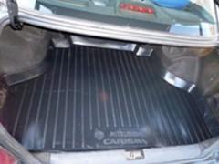 Коврик в багажник для Mitsubishi Carisma '95-06, резино/пластиковый (Lada Locker)