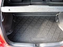Коврик в багажник для Toyota Auris '06-12, резиновый (Lada Locker)